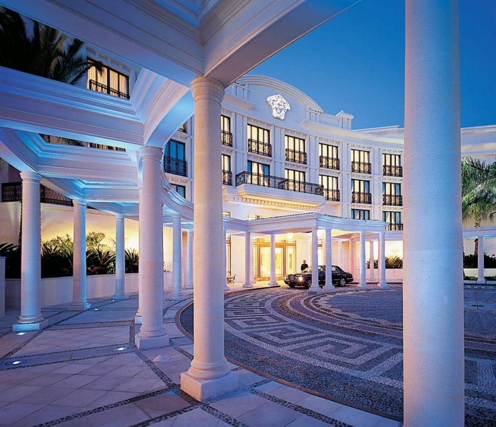 quanto costa soggiorno hotel palazzo versace a dubai