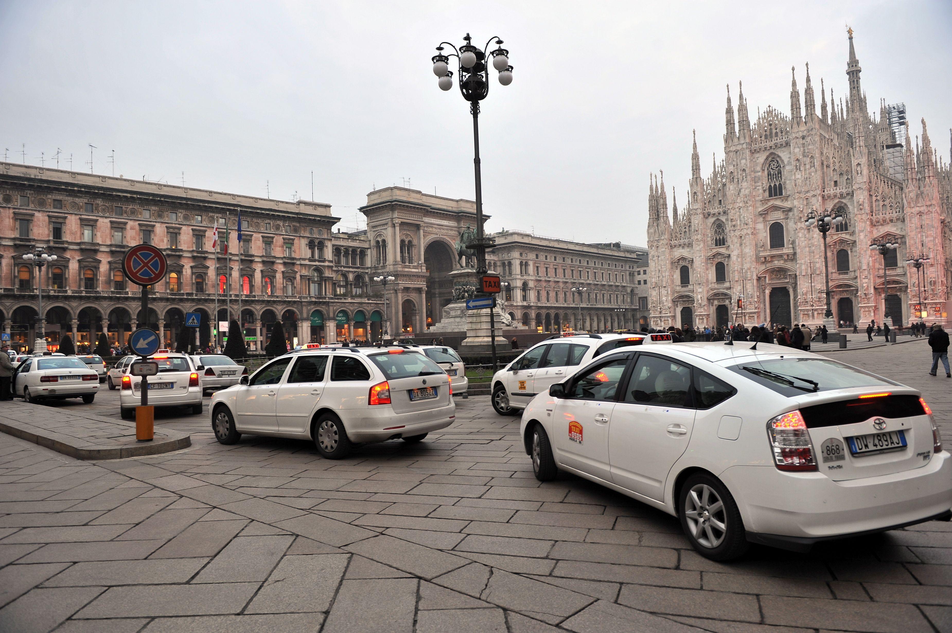 quanto costa prendere il taxi a Milano