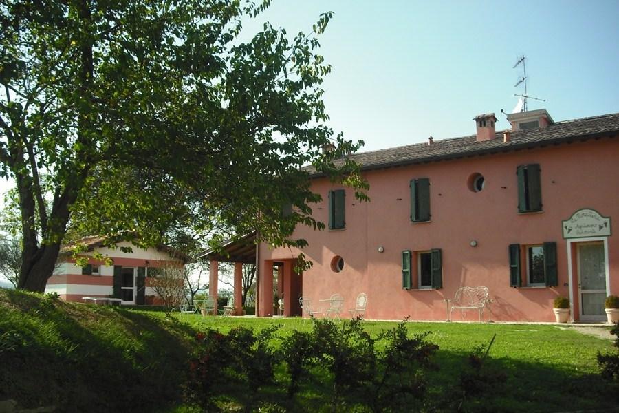 Agriturismo Emilia Möte Romagna