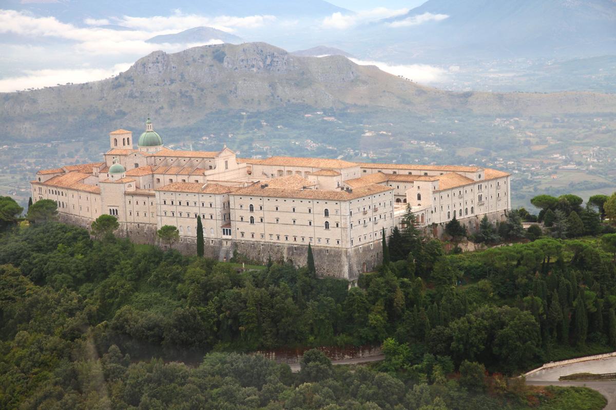 5 abbazie pi belle da visitare in italia viaggiamo for Visitare in italia