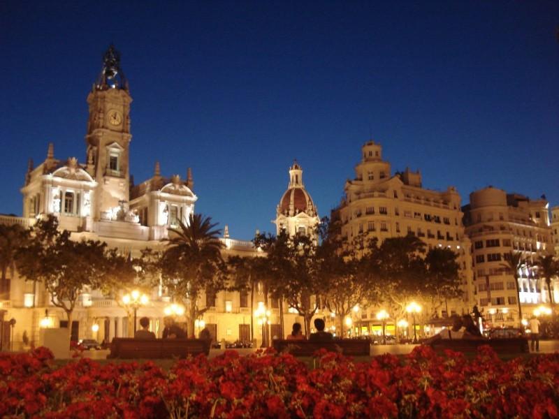 Idea weekend romantico san valentino a valencia viaggiamo for Citta romantiche europa