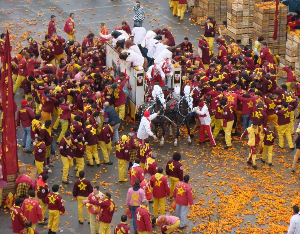 Battaglia delle arance Carnevale Ivrea