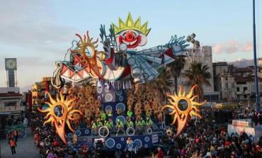Orario sfilate carri Carnevale di Viareggio 2016
