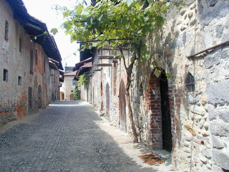 Visita a Candelo, candidato Borgo dei Borghi 2016