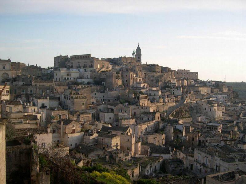 Idea weekend Festa delle donne a Matera, città dei sassi