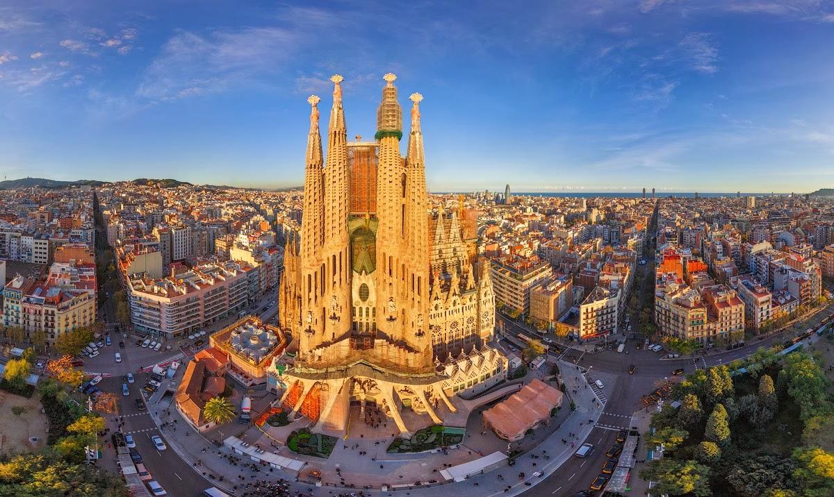Barcellona: itinerari per visitare a piedi la città in un giorno