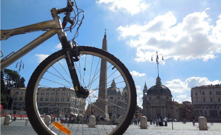 Roma in bicicletta: itinerari consigliati per godersi la città