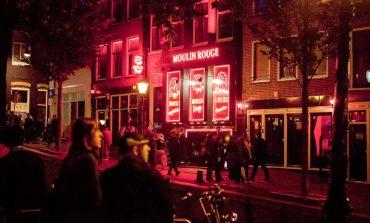 Come raggiungere Amsterdam quartiere a luci rosse per donne
