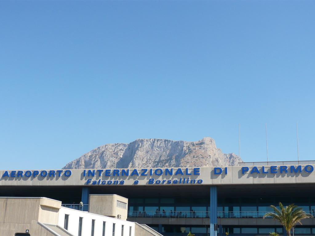 Parcheggio aeroporto Palermo gratis
