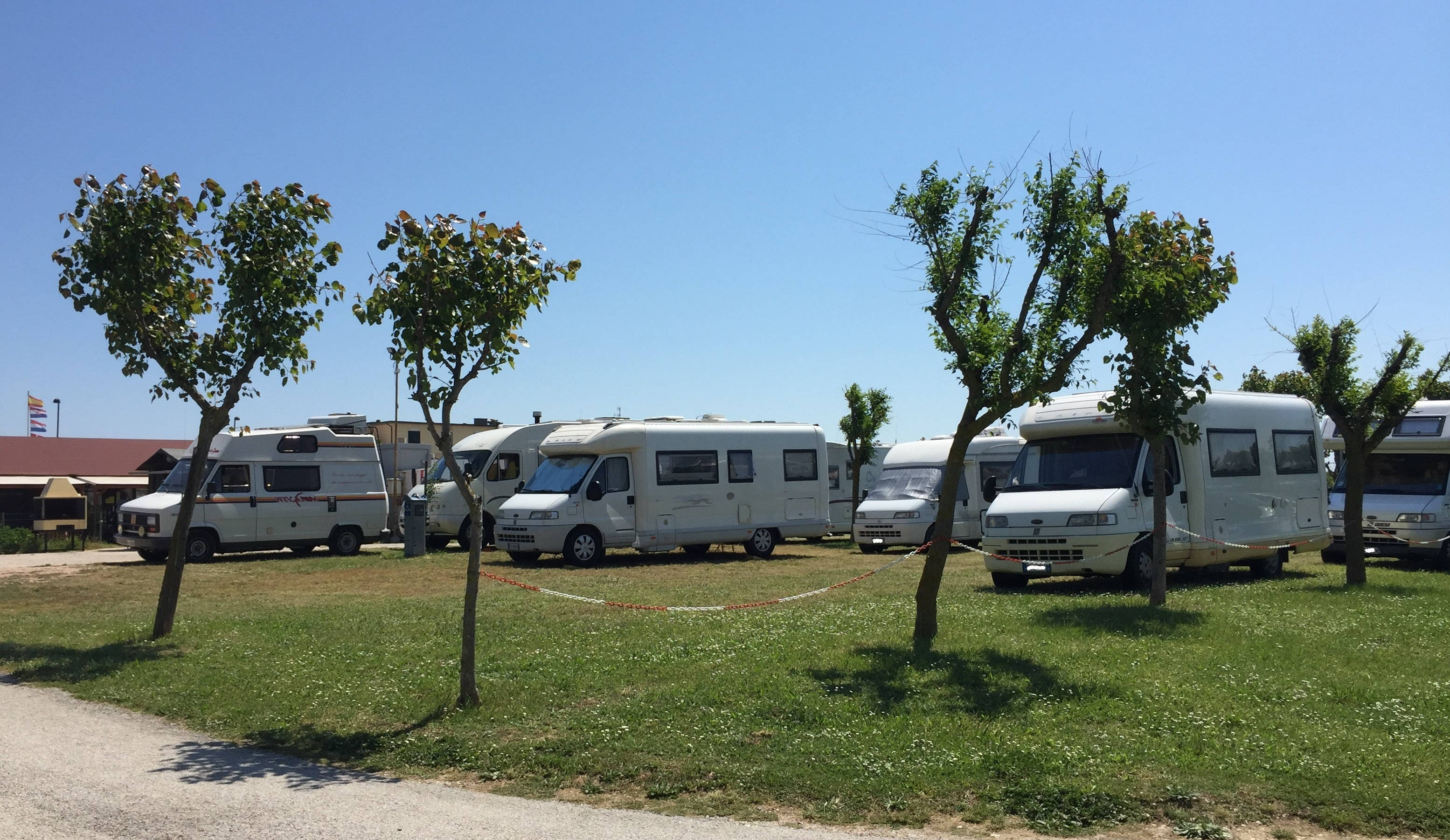 Aree sosta camper vicino Mezzavalle