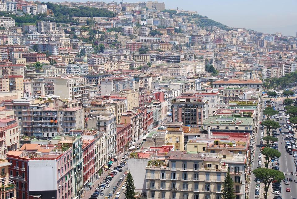 Come muoversi a Napoli