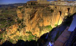 Tempi di crisi, nelle vicinanze dei paradisi: l'Andalusia