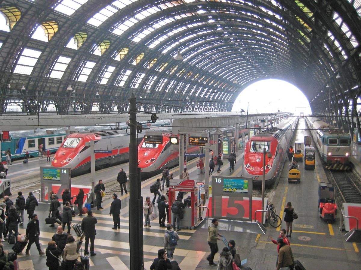 Negozi alla stazione di milano centrale - Treni vigevano milano porta genova ...