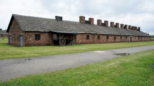 concentration-camp-2205221_960_720