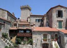 Cosa vedere a Capalbio: centro storico, monumenti e mare