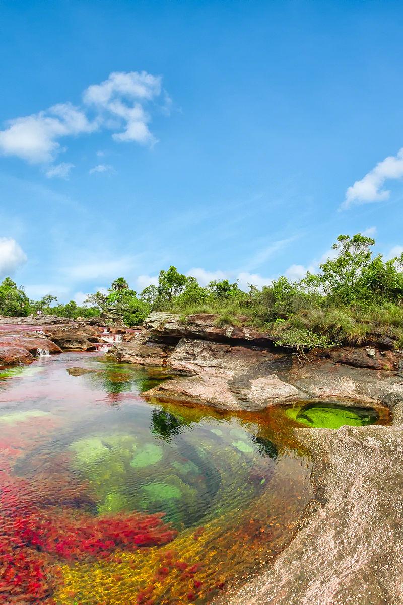 fiume colorato