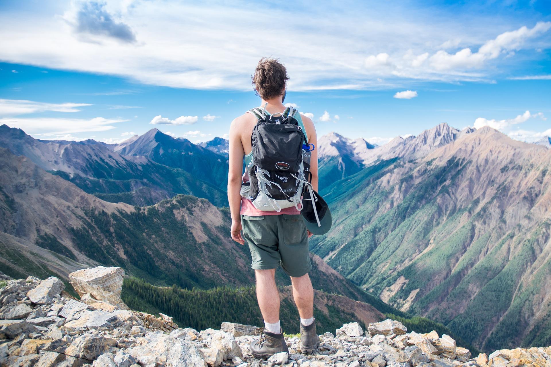 scegliere Abbigliamento da giusto come trekking quello drtrq