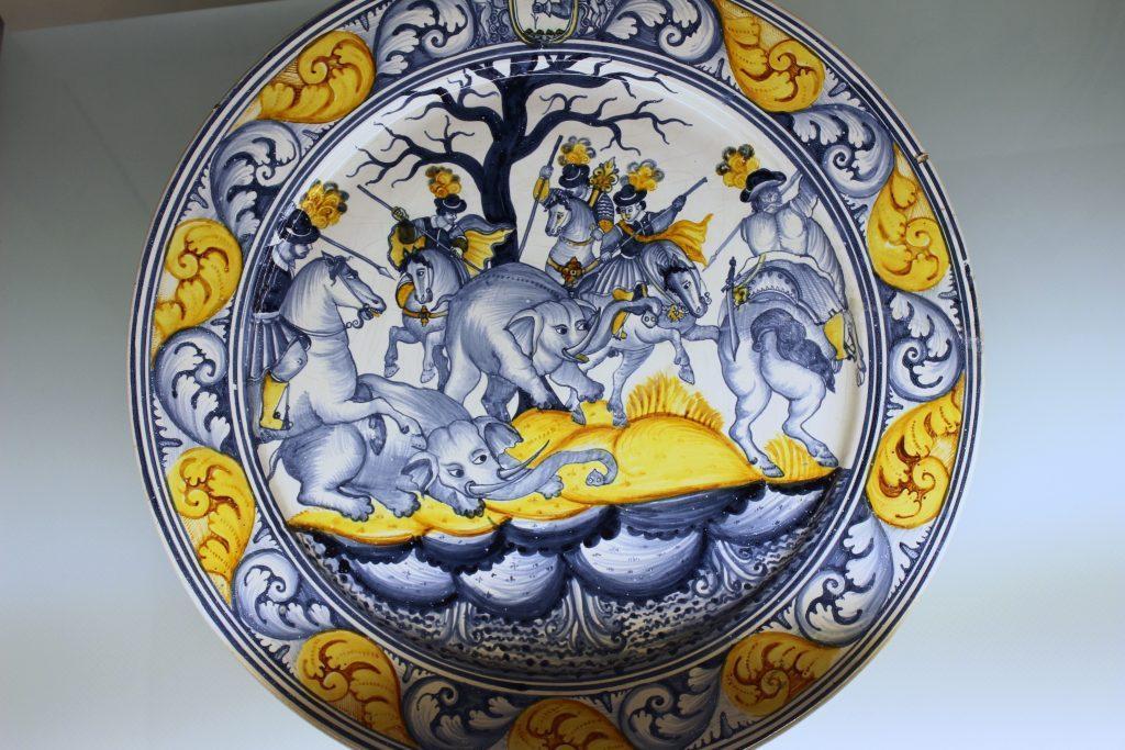 Laterza, una delle maioliche conservate al museo