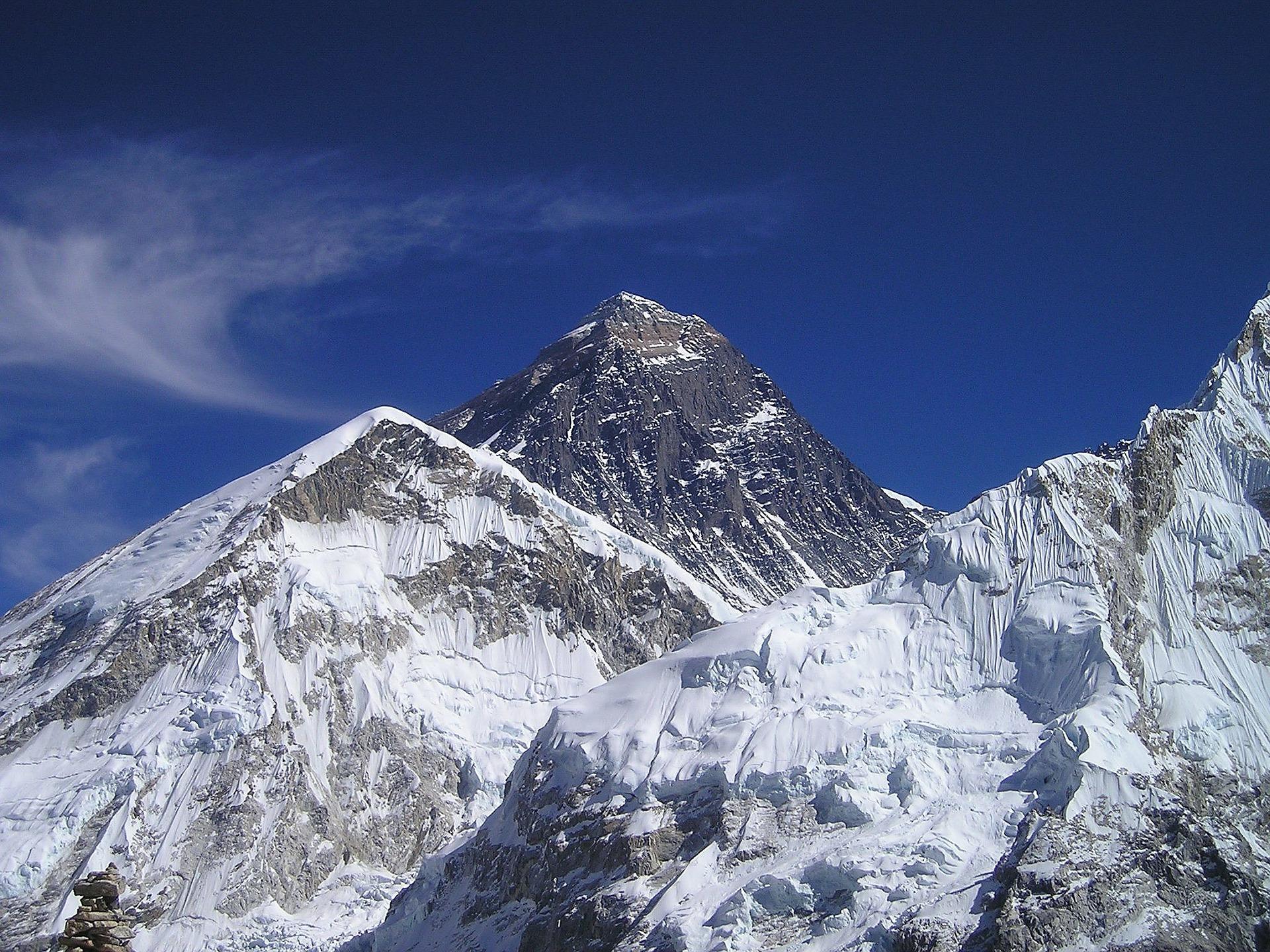 chiude Everest