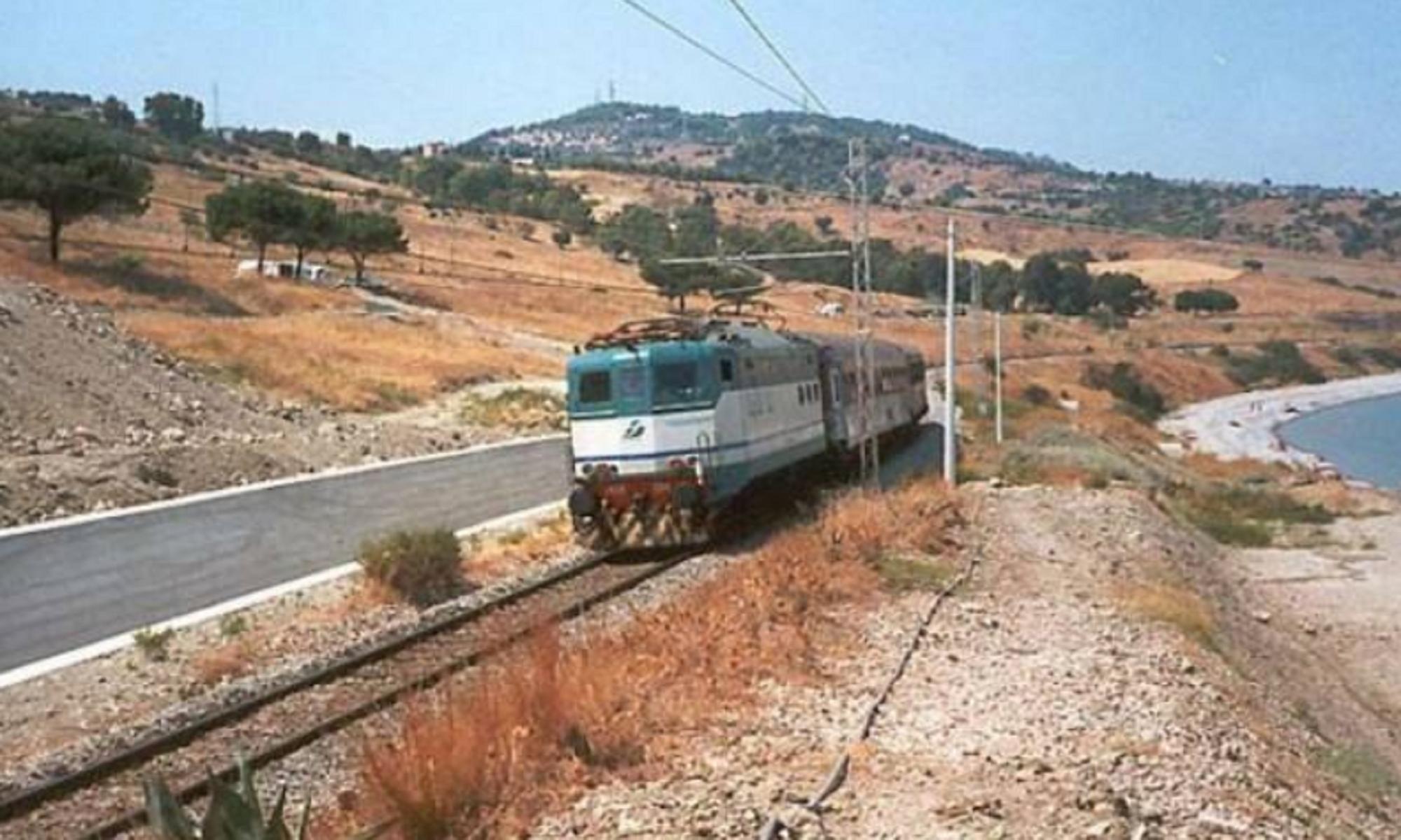 Sicilia, in arrivo il treno del mandorlo in fiore