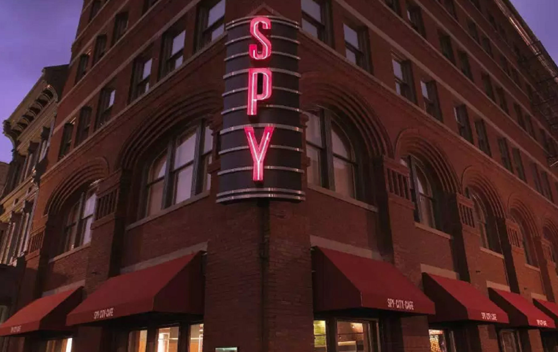 International Spy Museum: riapre il più grande museo per aspiranti 007