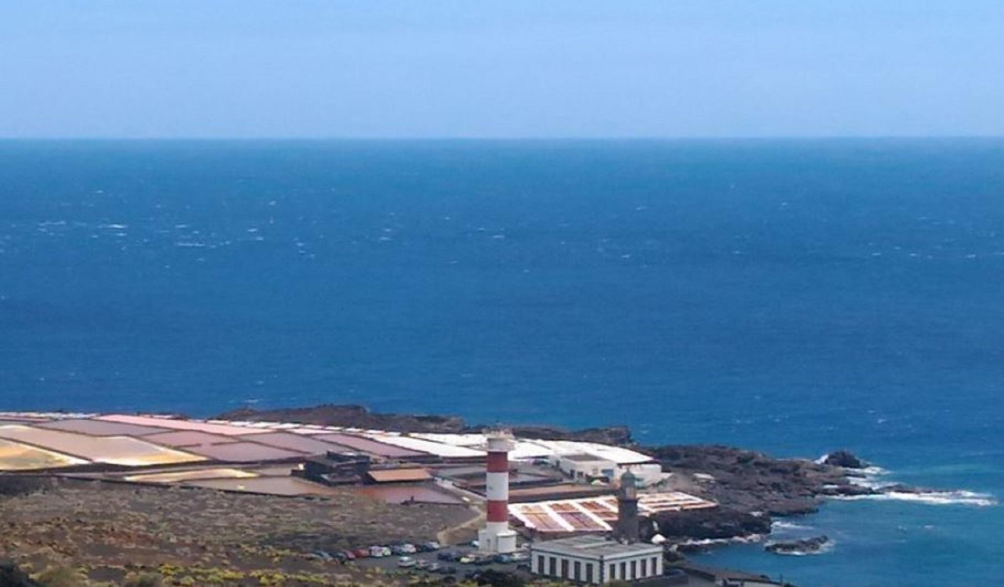Canarie, il faro di La Palma diventa un hotel di lusso