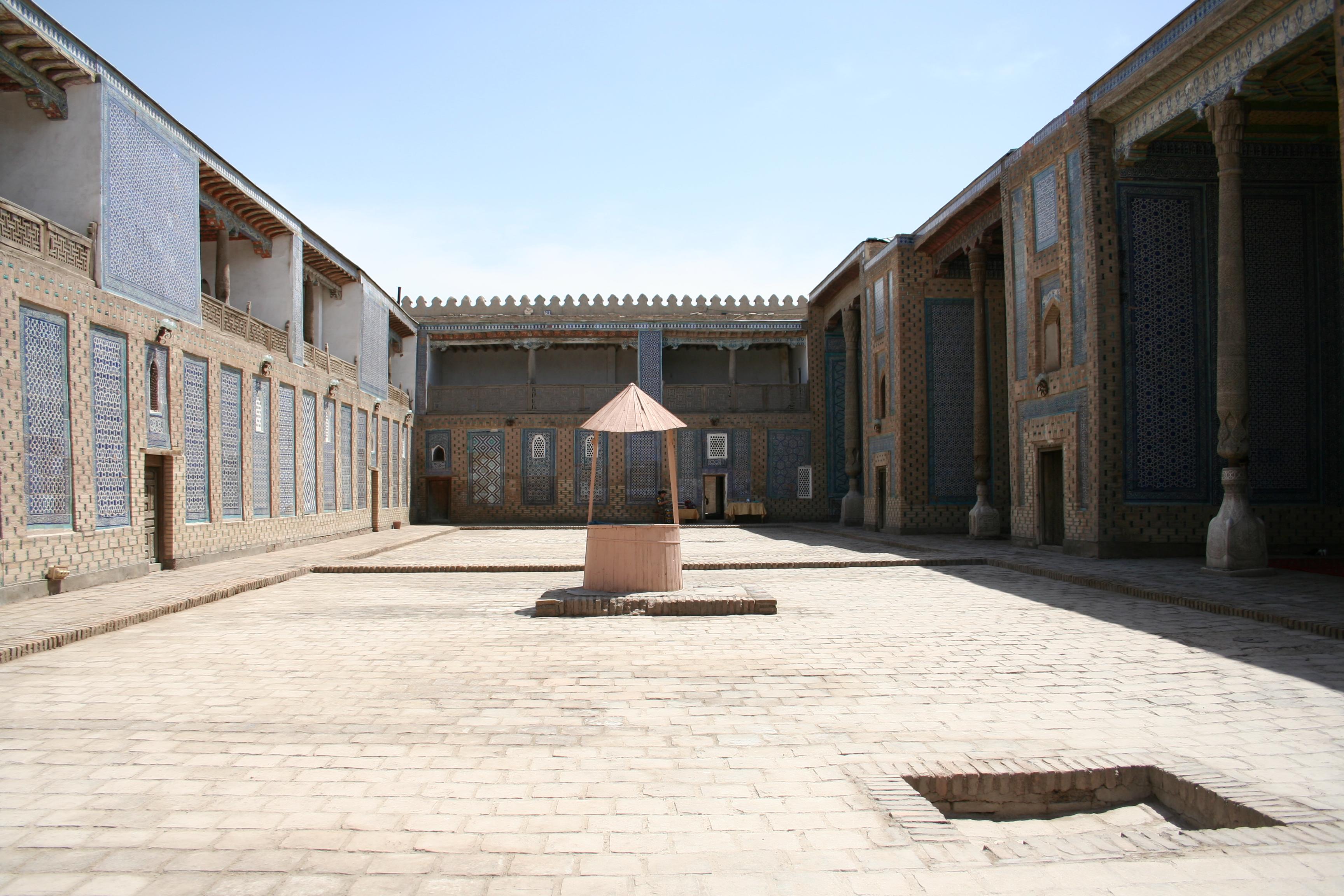 Khiva_Itchan_Kala_palace