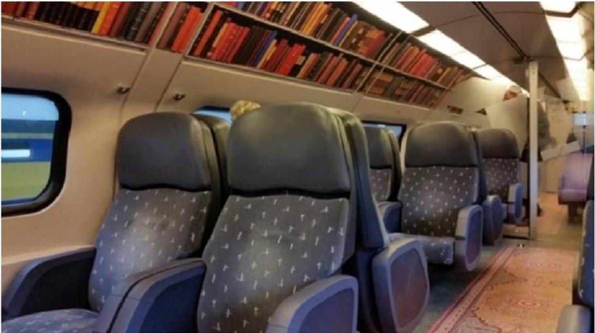 treni diventano biblioteca