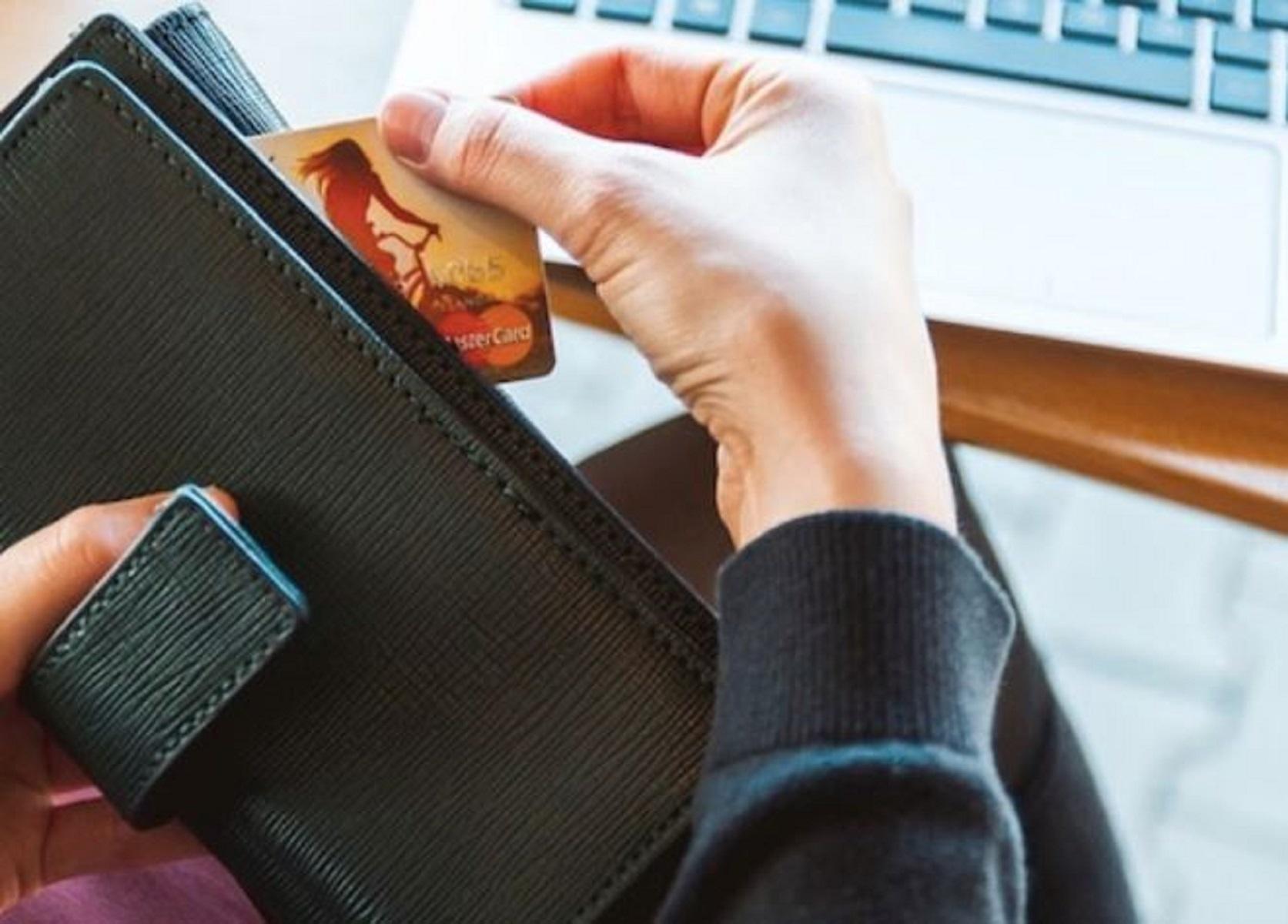 Carte di credito in viaggio: cosa fare prima della partenza