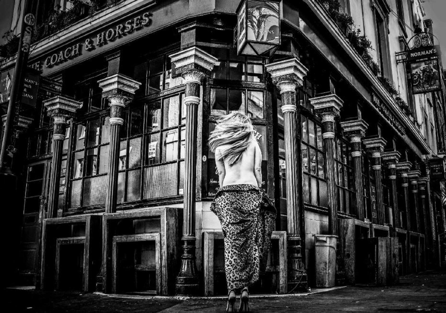 Londra, in un pub è possibile brindare senza vestiti