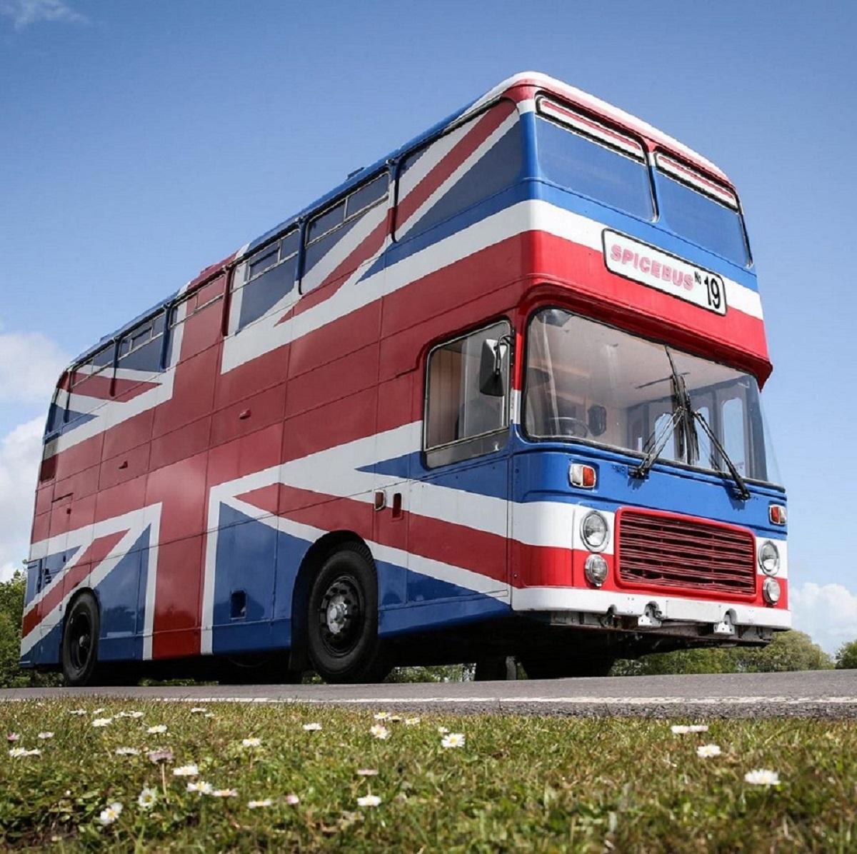 spice bus dormire nel bus delle spice girls