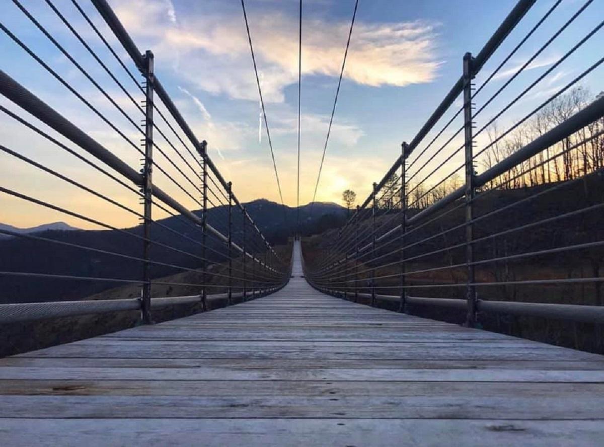 usa ponte pedonale sospeso più lungo