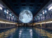 milano nuotare sotto la luna