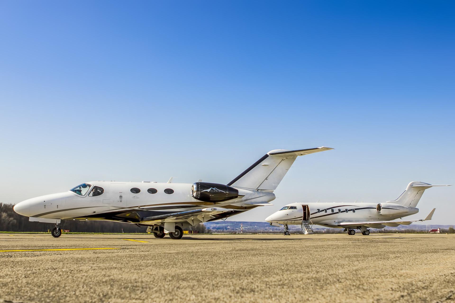 Viaggiare su jet privati: quanto costa noleggiarlo
