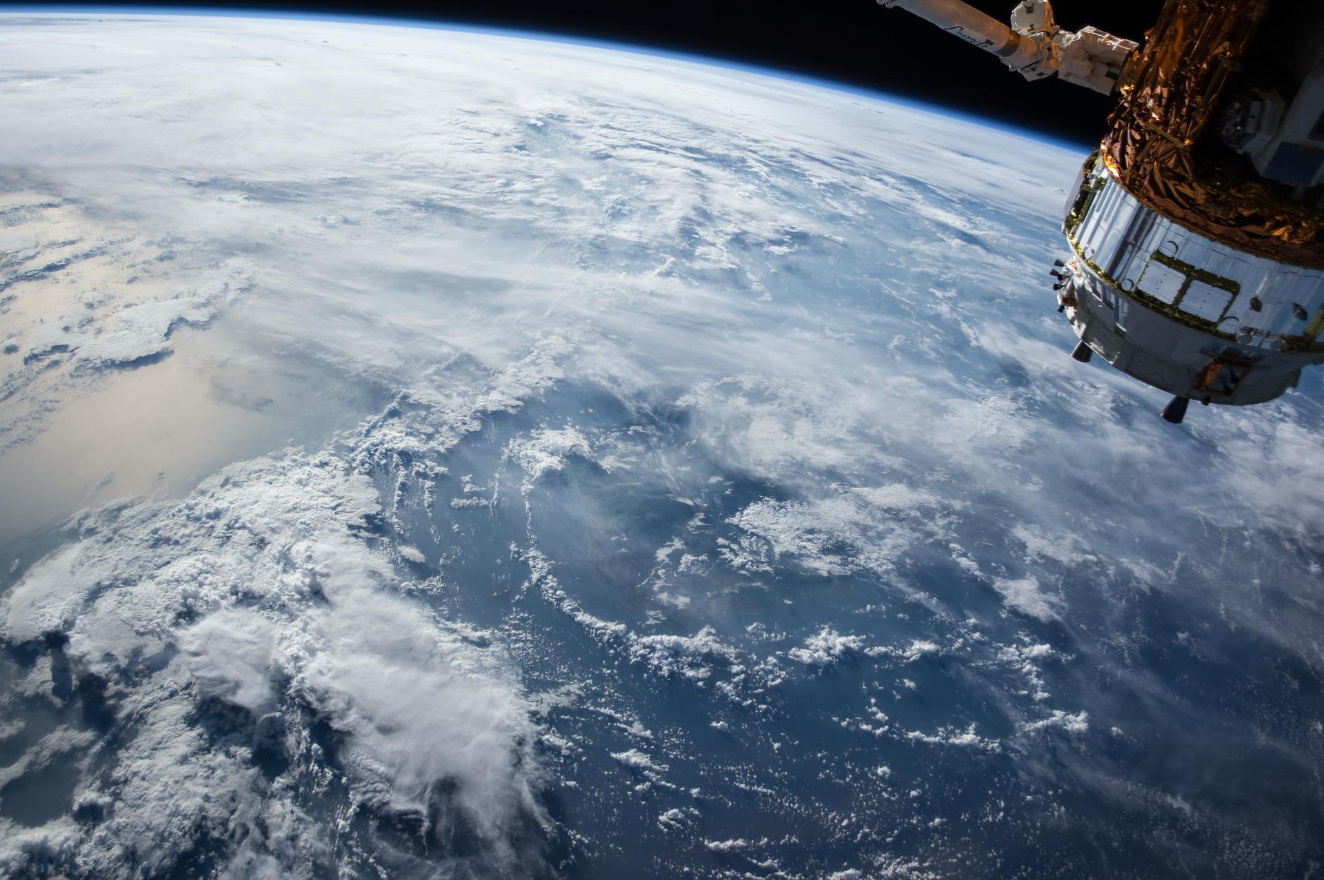 Nasa, aperta la prima stazione spaziale per i turisti: il costo