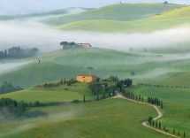 val d'orcia in moto