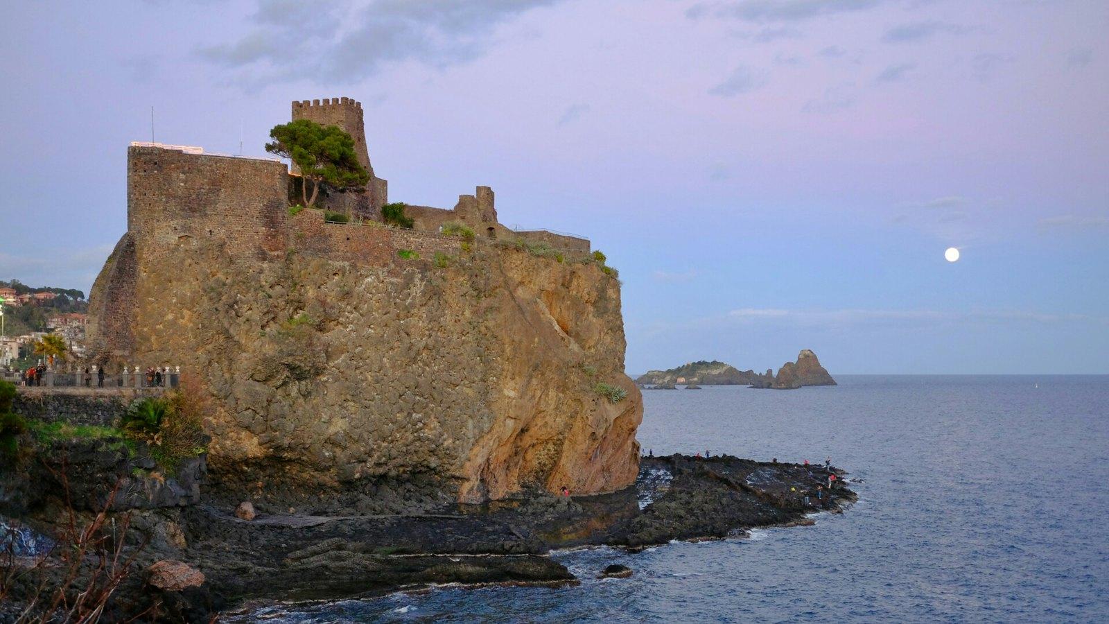 aci castello spiagge