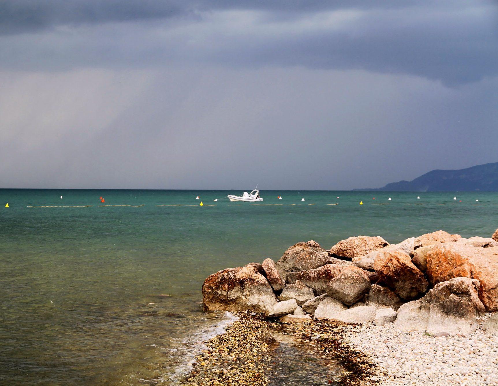 lago di garda spiagge attrezzate