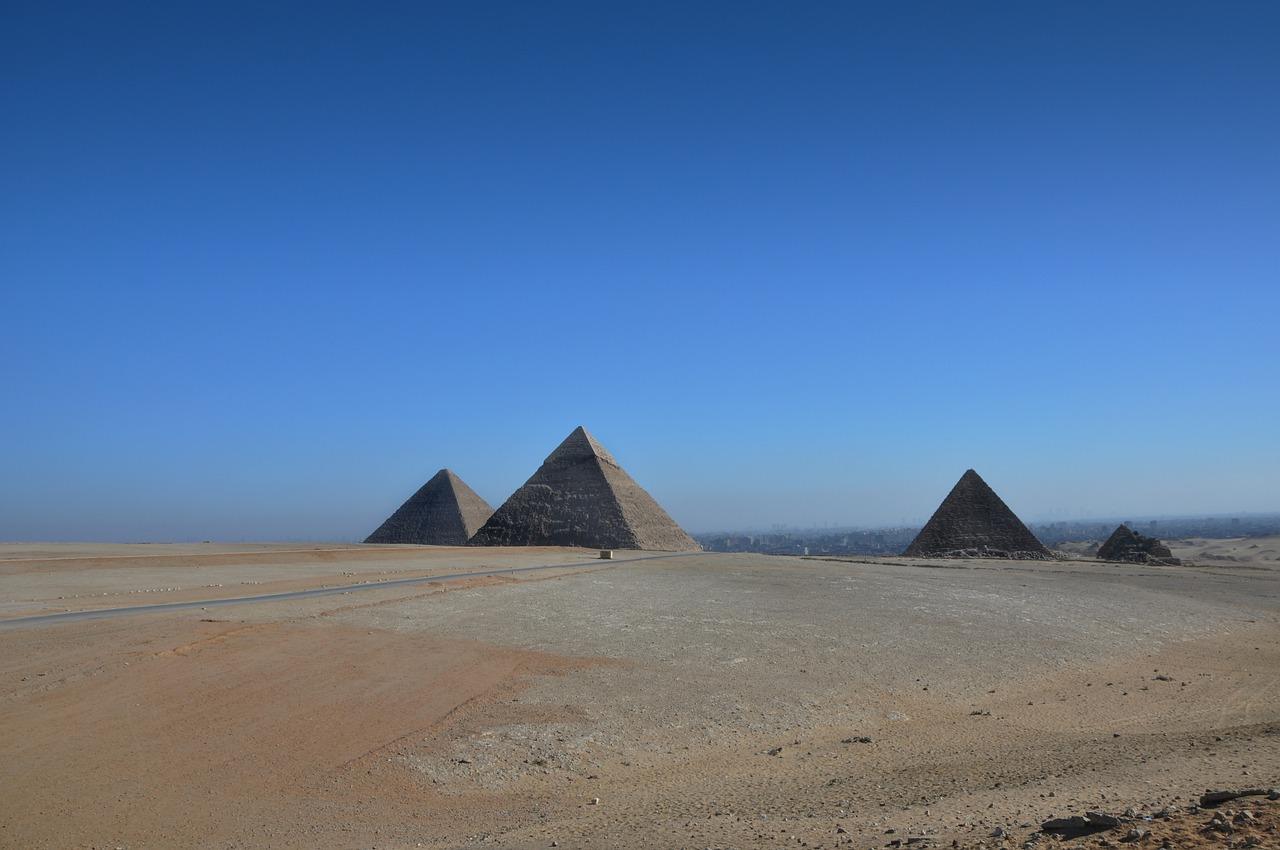 piramidi di giza e sfinge