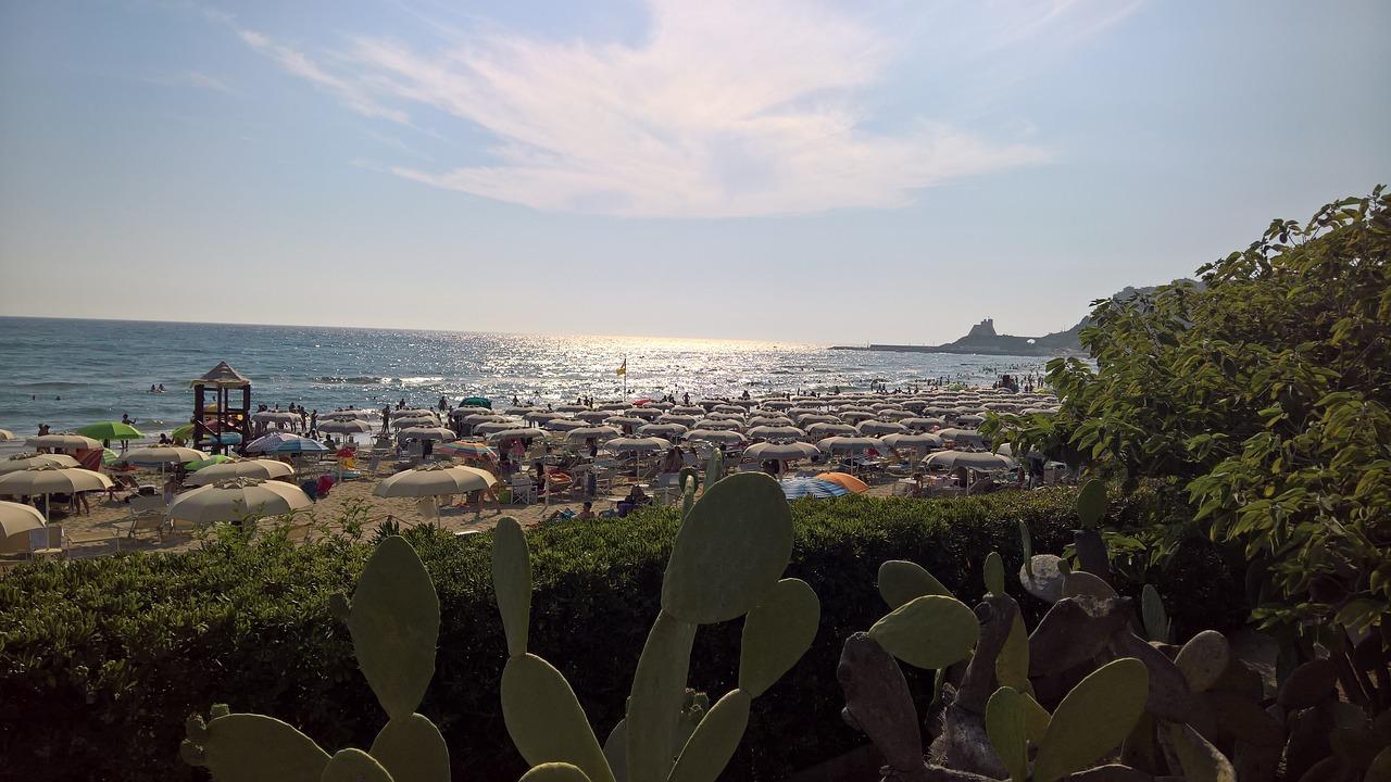 sperlonga spiagge libere