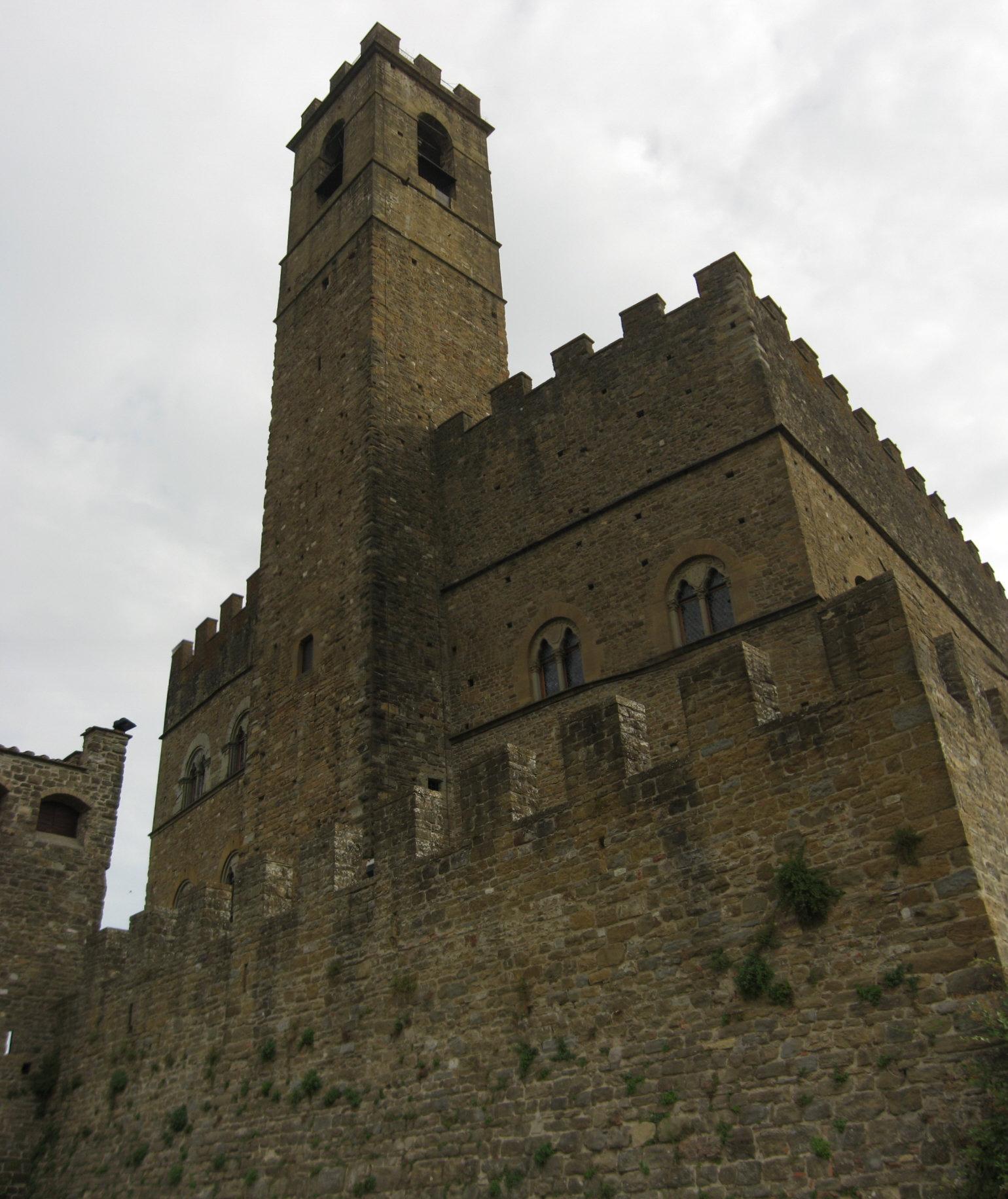 castello di pioppi