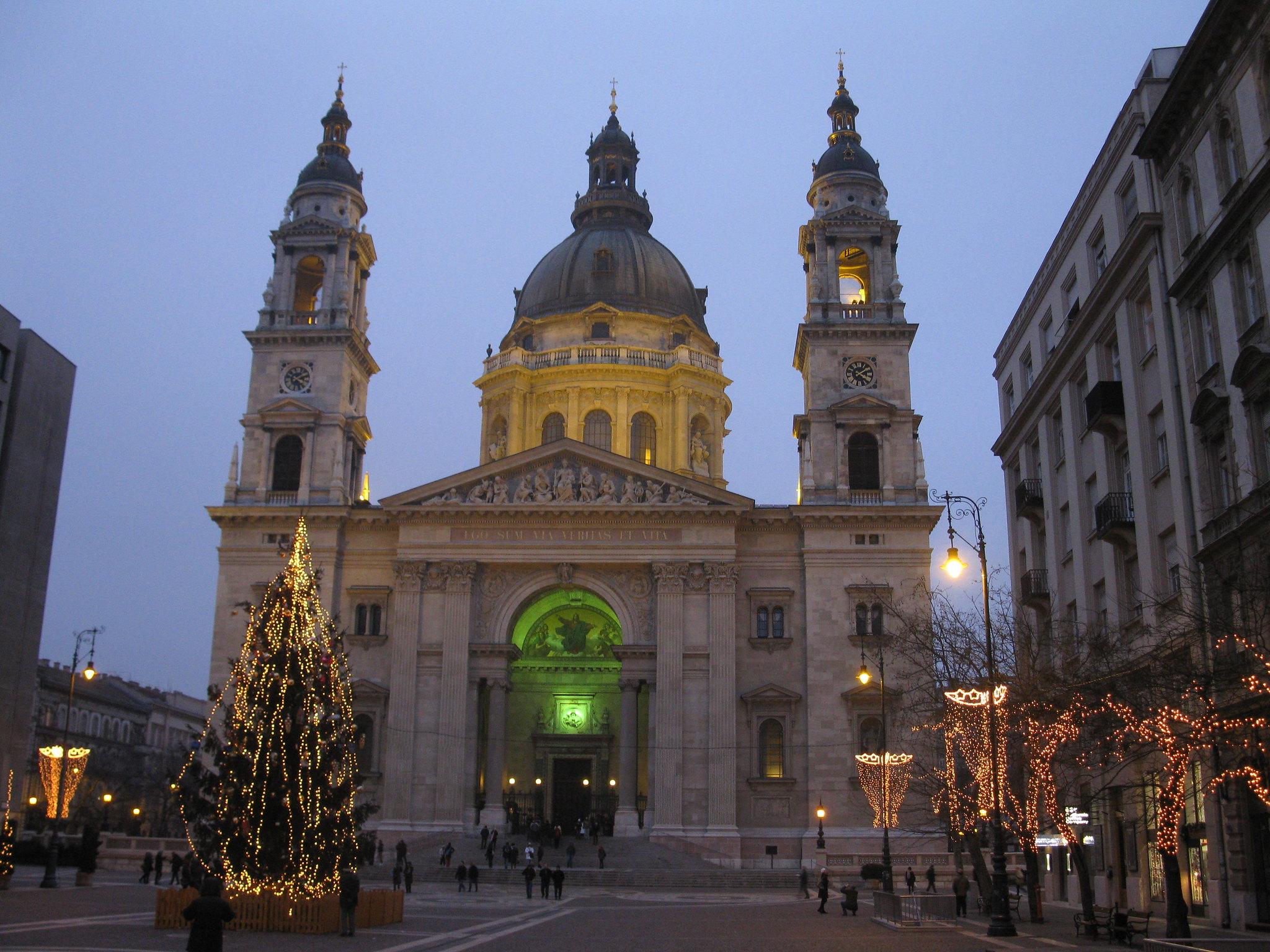 mercatini basilica di santo stefano