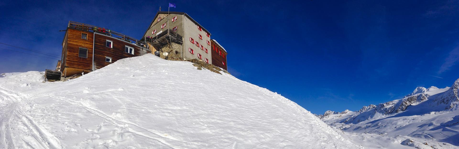 Piste da sci aperte in Val Senales