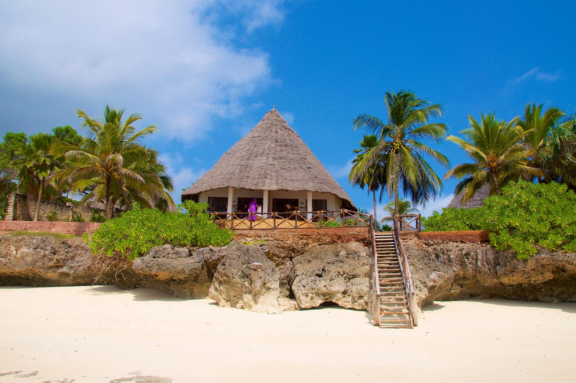 zanzibar-spiaggia-hotel-palme