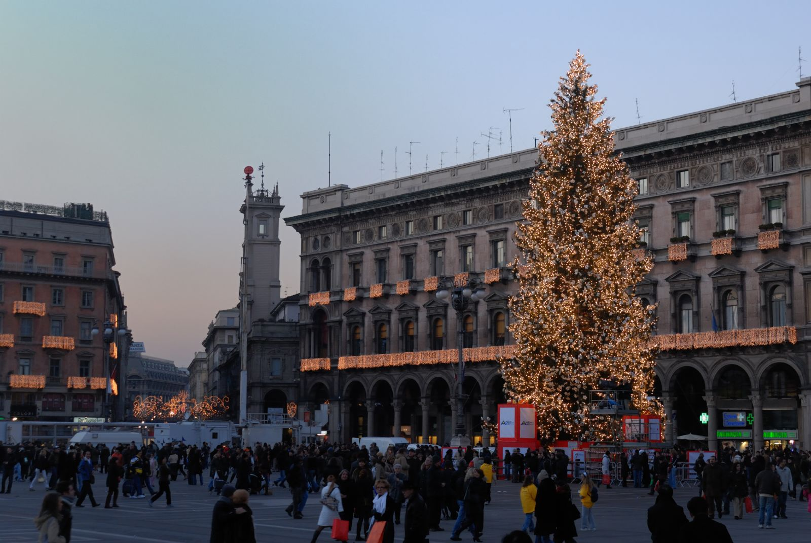 Milano Luci Natale