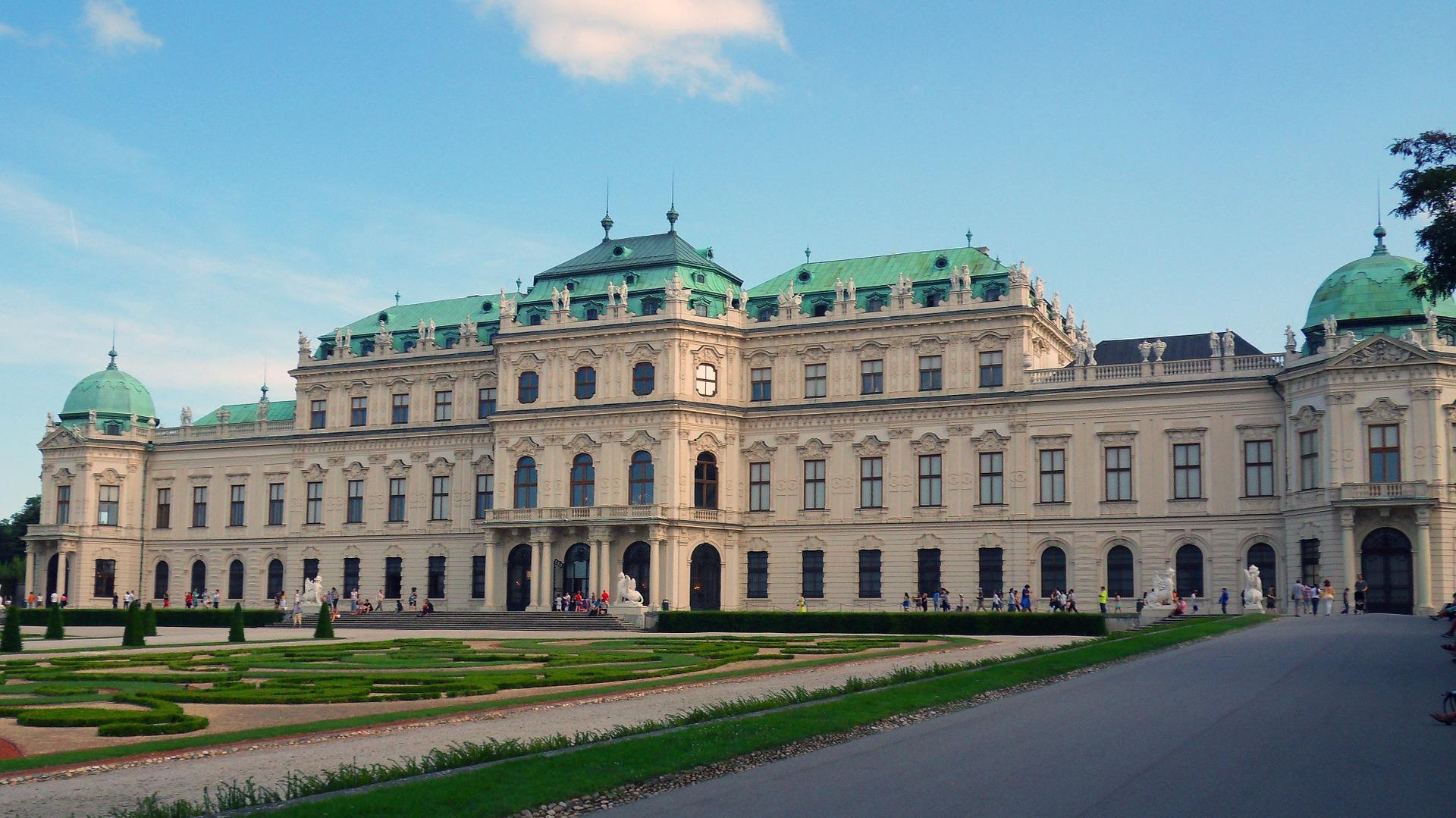 castello-belvedere