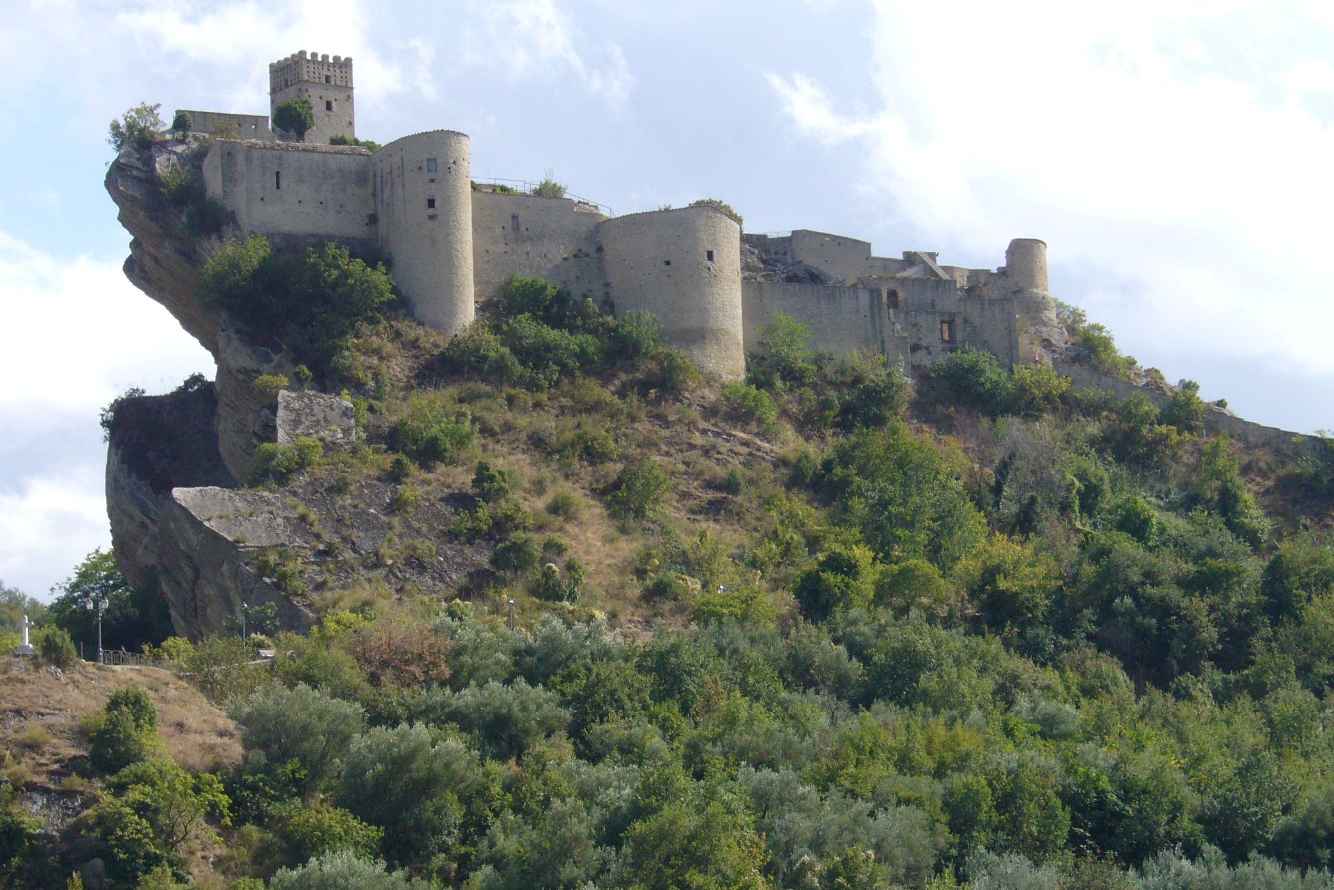Castello di Roccascalegna
