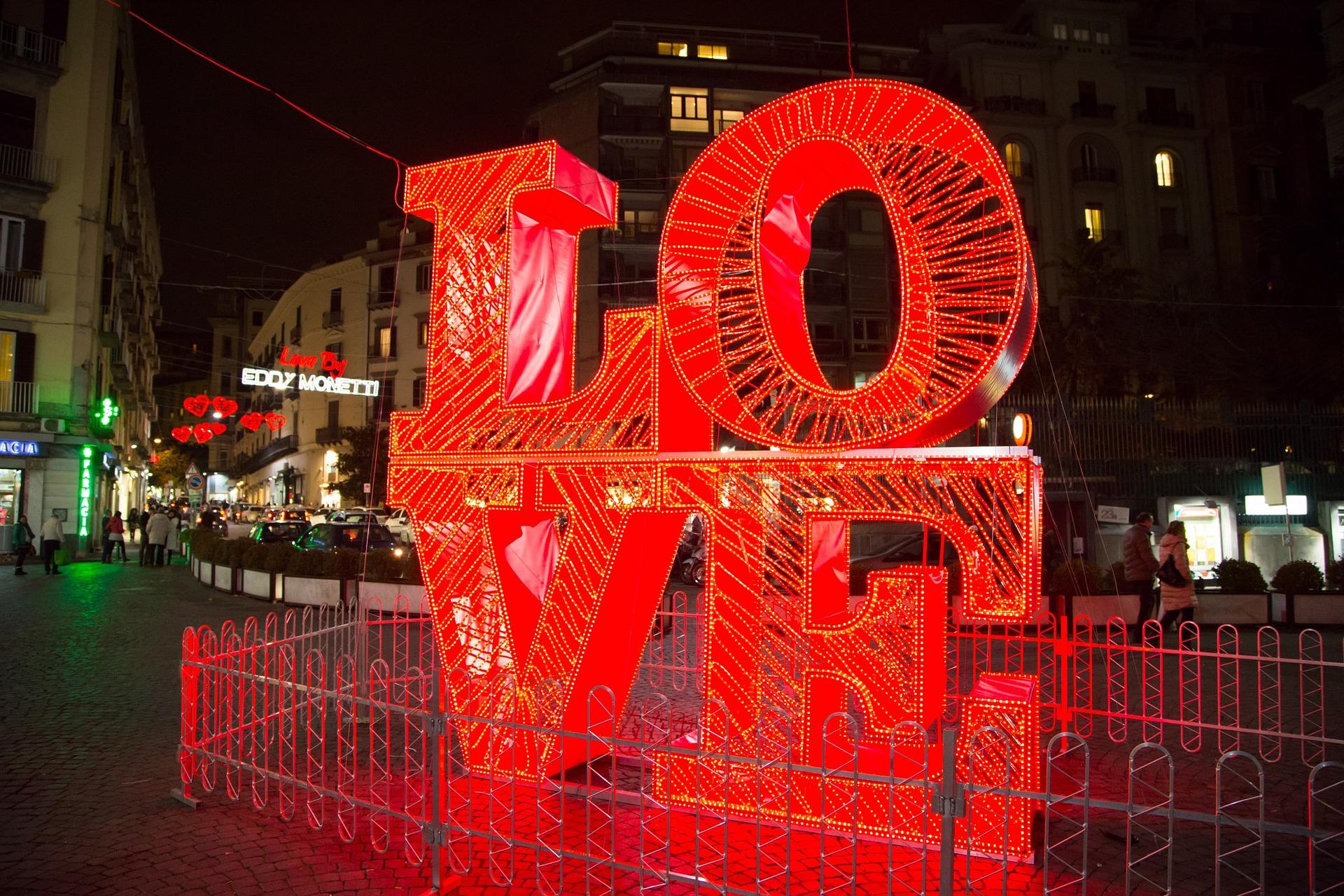 love 1230425 1920