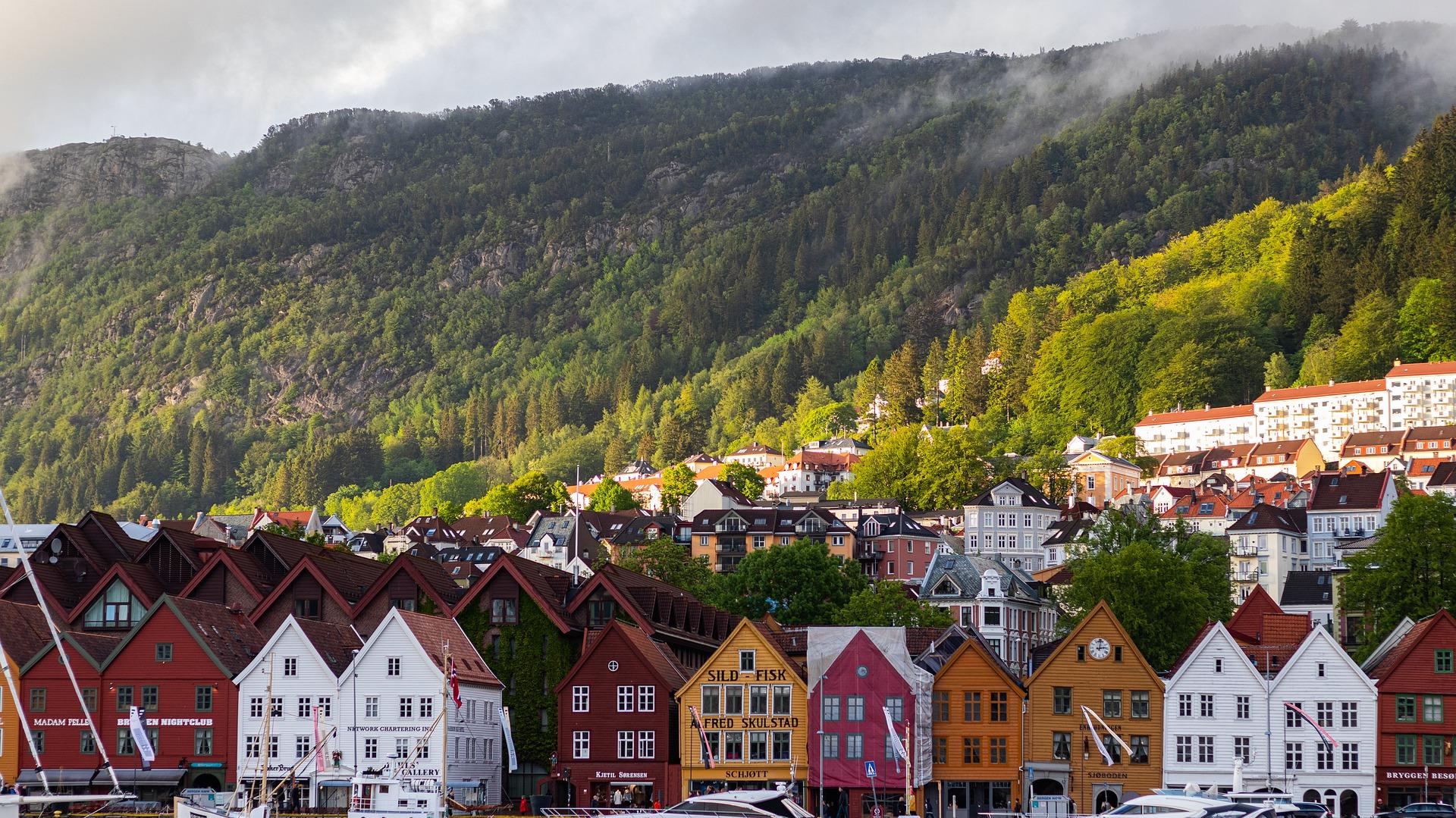 flamsbana: percorso del treno panoramico in Norvegia