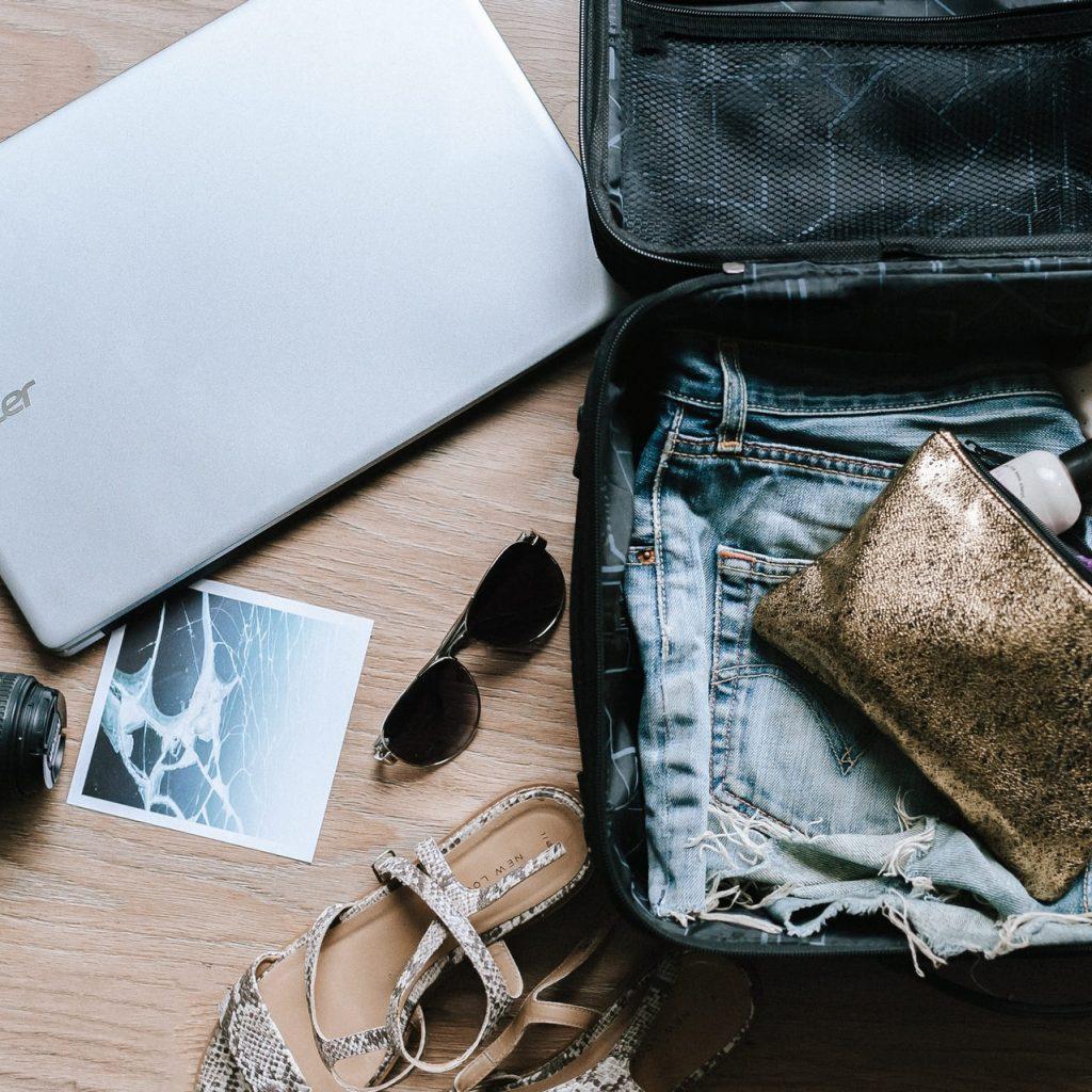 come fare la valigia per un lungo viaggio consigli